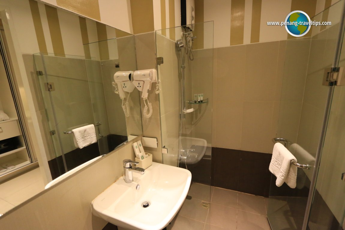 the guest and eastern manila hotel While it opted to maintain its distinct classic interiors, full of poise and elegance,  manila hotel introduces its renovated guest rooms this year fully equipped with .