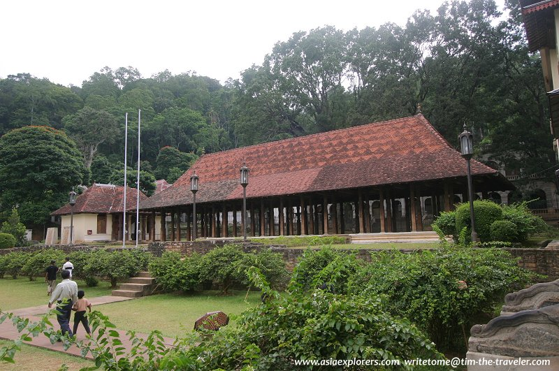 Pavilion on the grounds of the Tooth Relic Temple