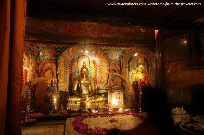 Seated Buddha, Outer Sanctuary