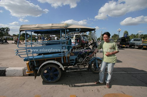 A Vientiane jumbo with driver