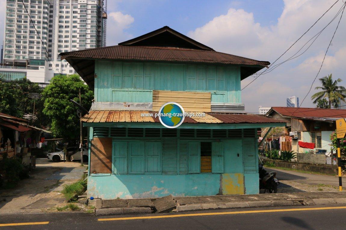 Kampung house, Jalan Raja Bot
