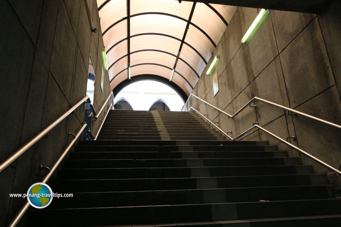 Jalan Sultan Hishamuddin Pedestrian Tunnel