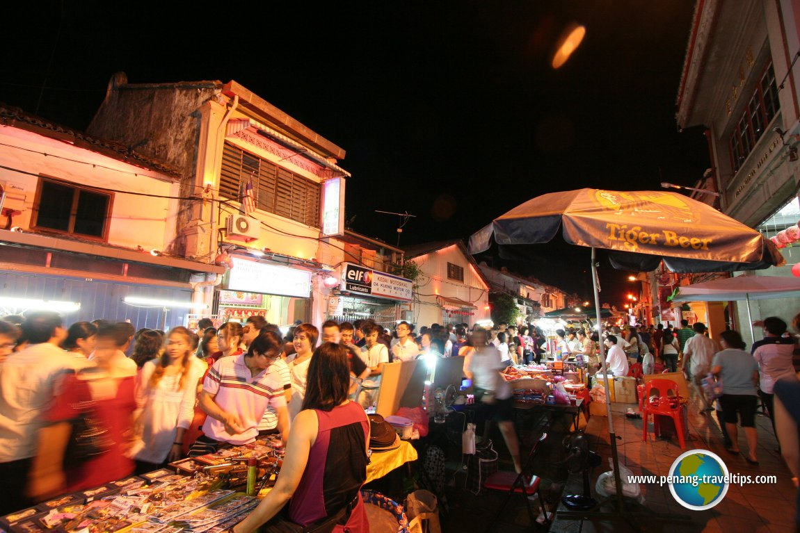 night market in malaysia Langkawi night markets can be a bit intimidating for 'new' travelers to the region, but usually the warmth of the locals can make for an easy transition.