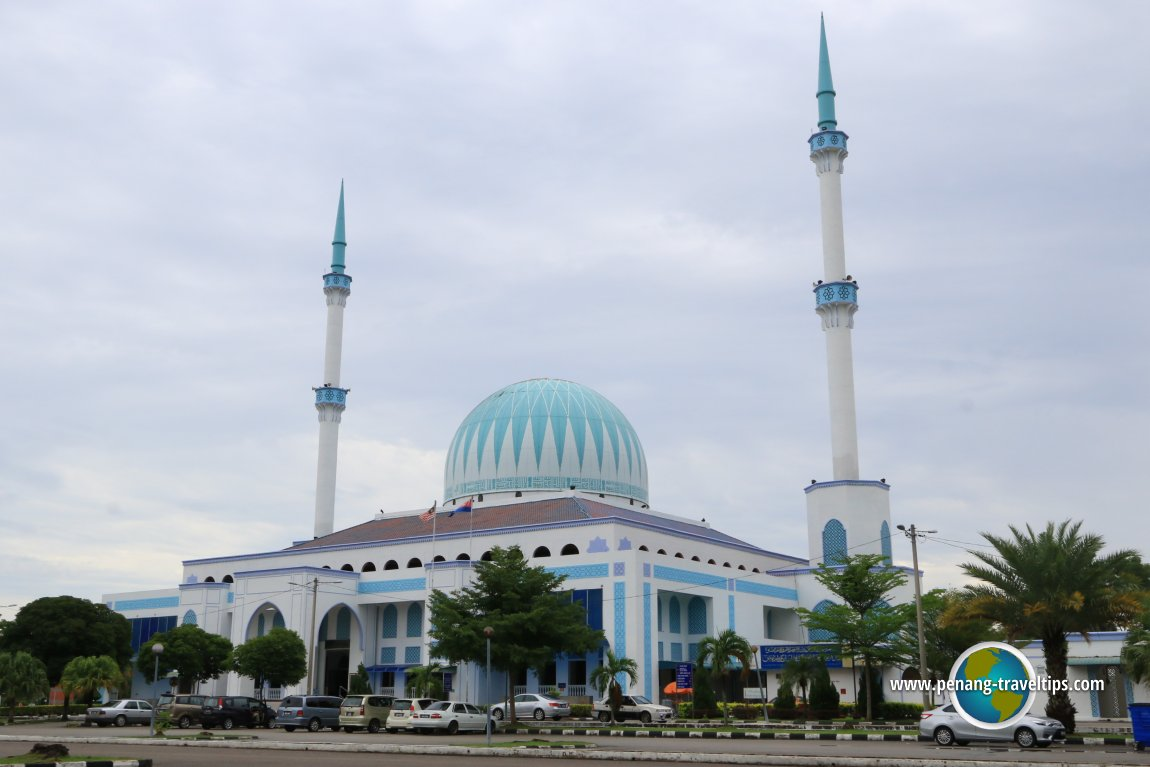 Image result for masjid sultan ismail batu pahat