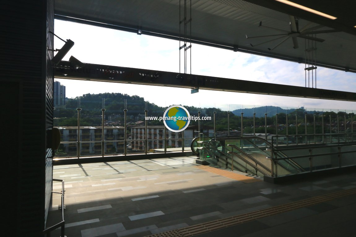 Taman Pertama MRT Station, Kuala Lumpur