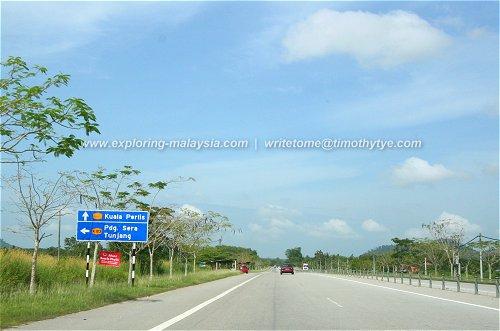 Turning to Padang Sira from Changlun-Kuala Perlis Highway