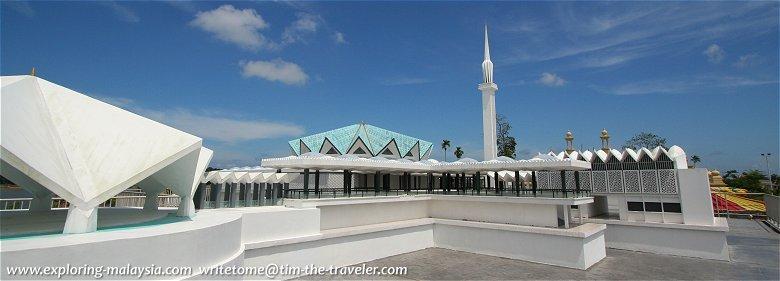 Replica of Malaysia's Masjid Negara at Taman Tamadun Islam