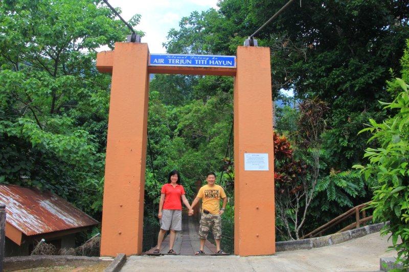 Timothy Tye and Goh Chooi Yoke at Titi Hayun