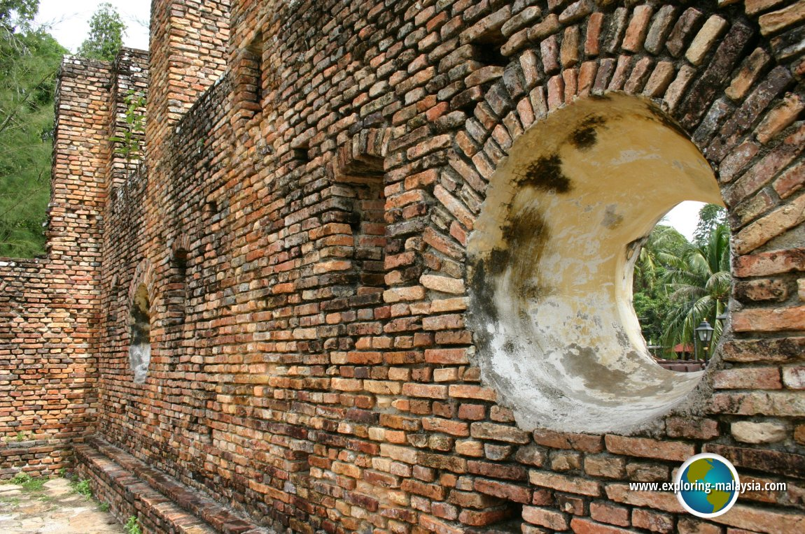 Forts in Perak