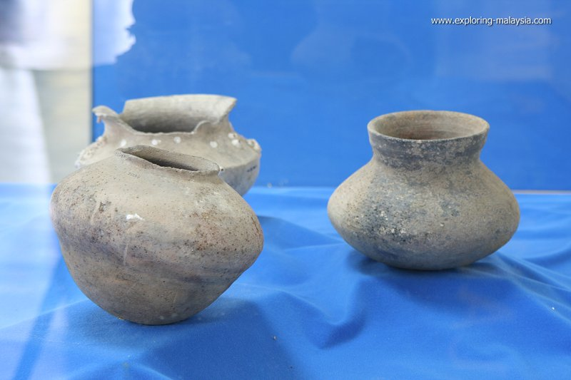 Earthenware at the Lenggong Archaeological Museum