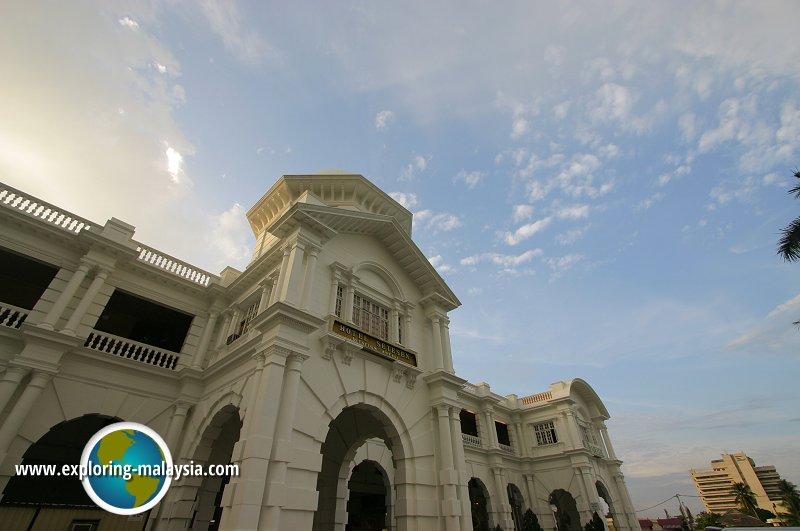 Train Stations in Perak
