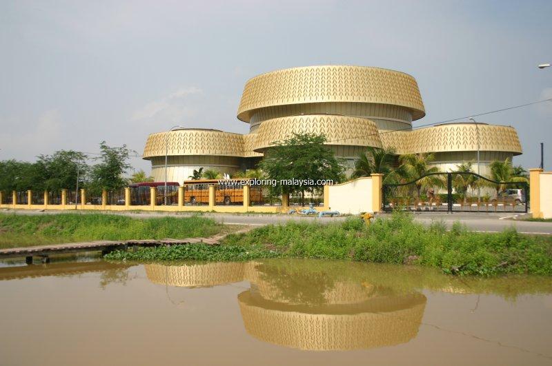 Muzium Padi in Kedah, Malaysia - YouTube