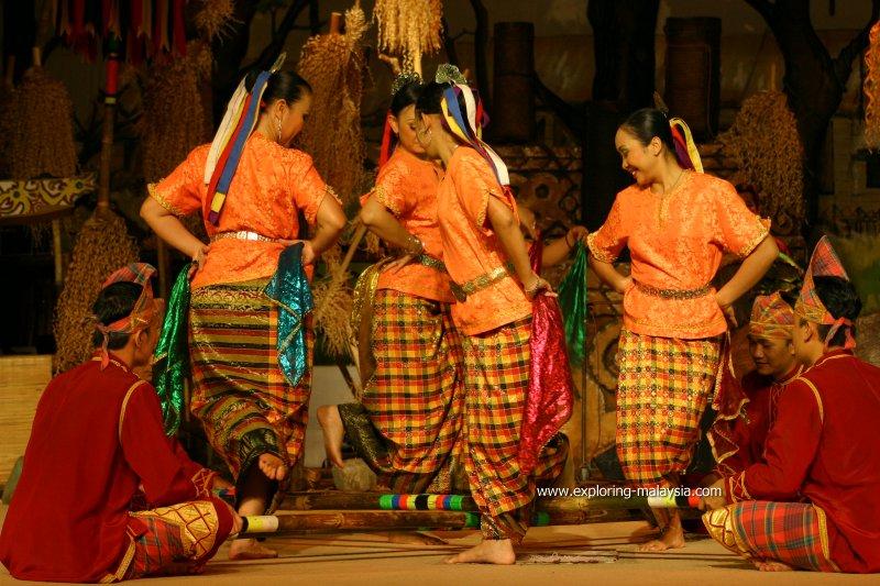 Sarawak Cultural Performance