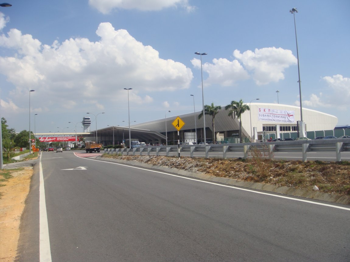 Subang Skypark, the new terminal of Sultan Abdul Aziz Shah Airport