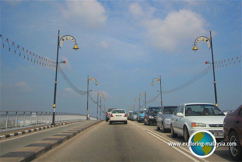 Sultan Ismail Bridge, Muar