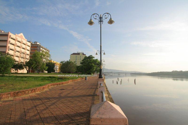 Sungai Kuantan Promenade at Riverfront Park