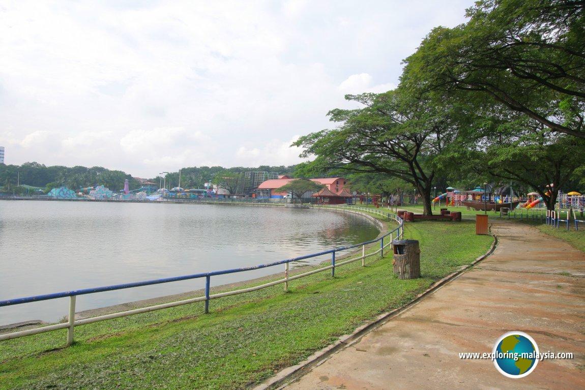 Taman Tasik Shah Alam