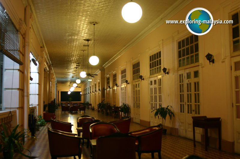 The Majestic Station Hotel