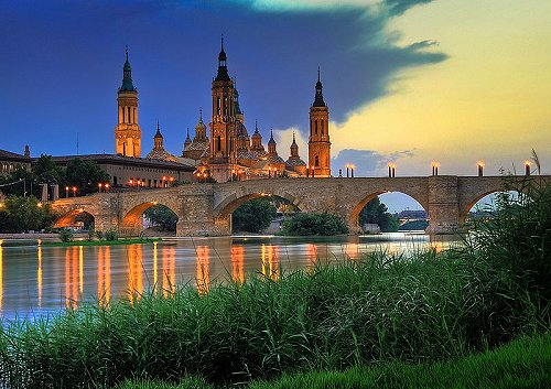 Basilica de Nuestra Señora del Pilar, Zaragoza, at sunset