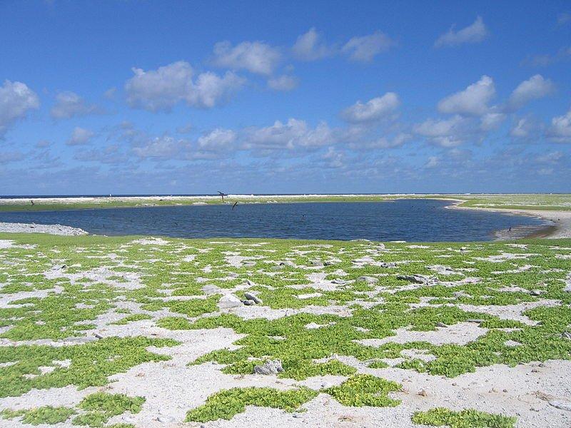 Birnie Island Lagoon, Kiribati