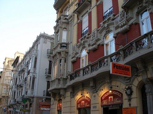 Gran Via de Colón, Granada
