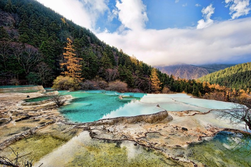 Huanglong Scenic Area, Sichuan, China