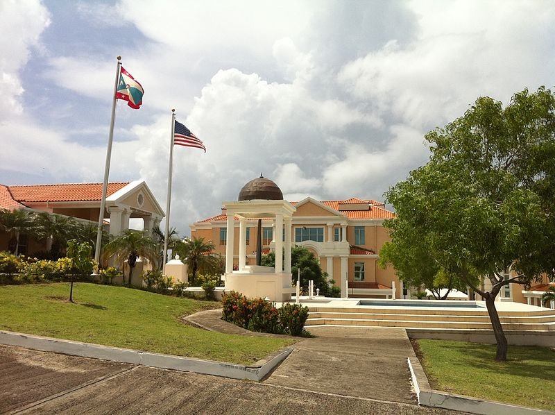 Memorial to the servicemen killed in the Invasion of Grenada, at St. George's University