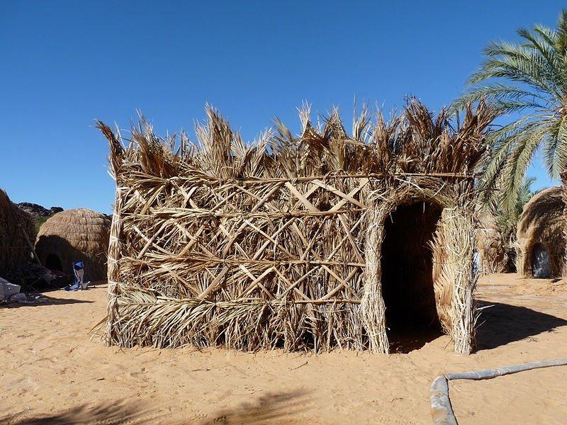 A shelter in the Mhaïreth oasis in Adrar, Mauritania