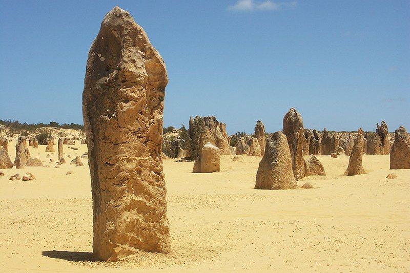 Pinnacles Desert, rock formations