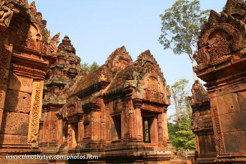 Miniature ruins of Banteay Srei