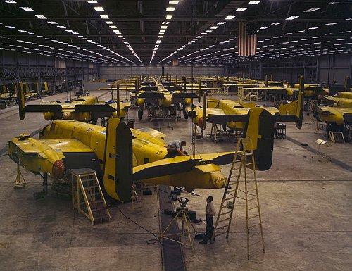Assembling the B-25 Bomber in Kansas City, Kansas