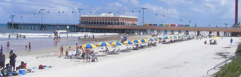 View of Daytona Beach, with the Main Street Pier and Restaurant