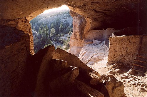Gila Cliff Dwellings, New Mexico