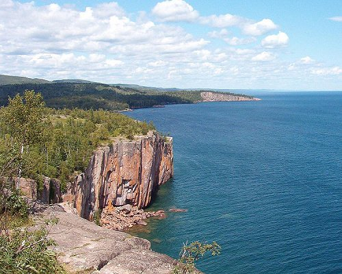 Palisade Head looking towards Shovel Point in Minnesota