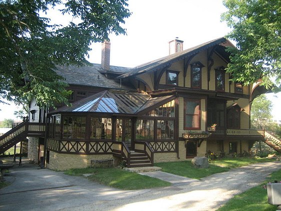 Tinker Swiss Cottage, Rockford, Illinois