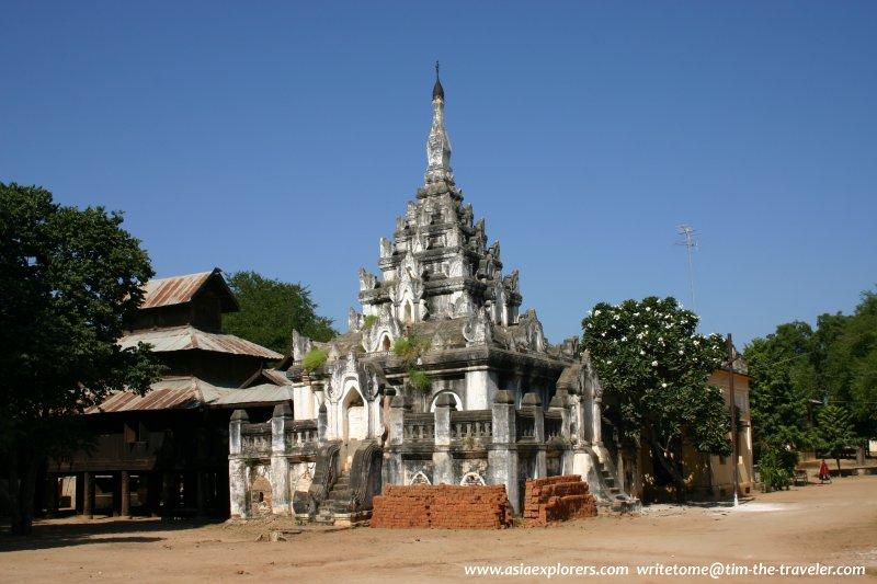 Stupa, Kyanzitta Cave