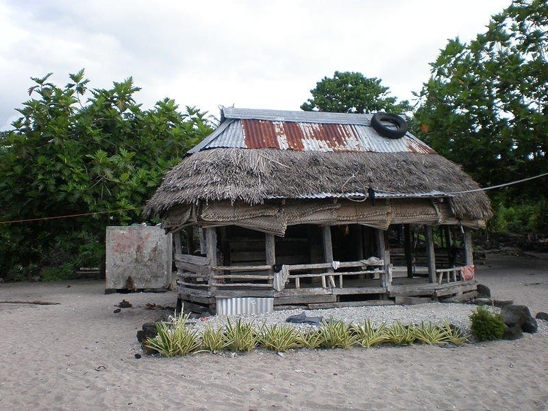 A Samoan fakei'o (thatched home)