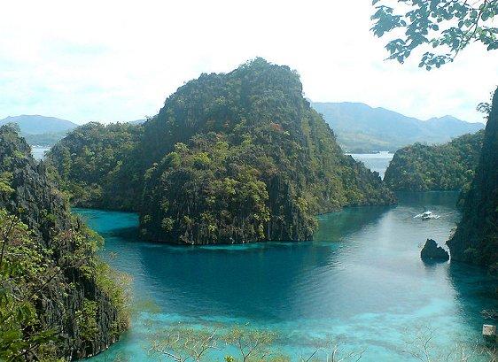 Coron Island cove, Palawan