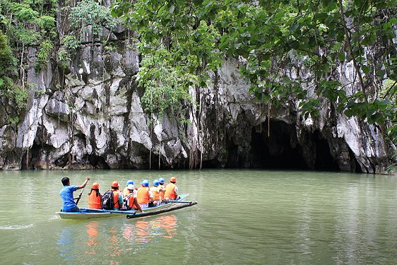 Approaching Puerto Princesa Subterranean River