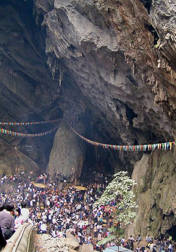 Entrance of Huong Tich Cave