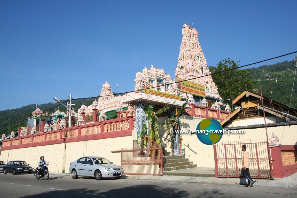 Air Itam Mahamariamman Temple, from the roadside