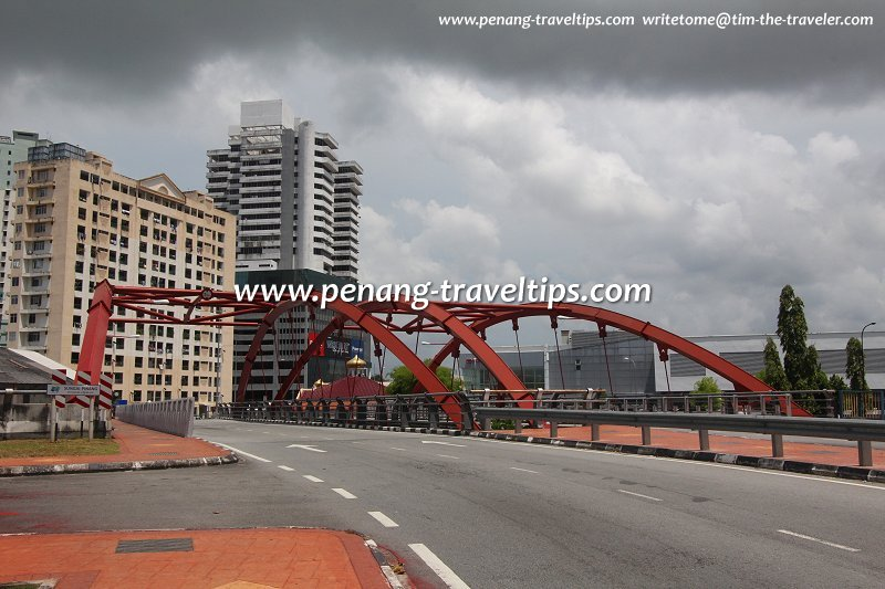 Approach to the new Sungai Pinang Bridge from Brick Kiln road