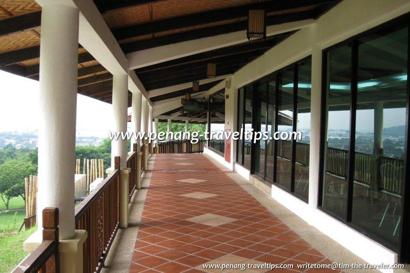 Bukit Jambul Country Club