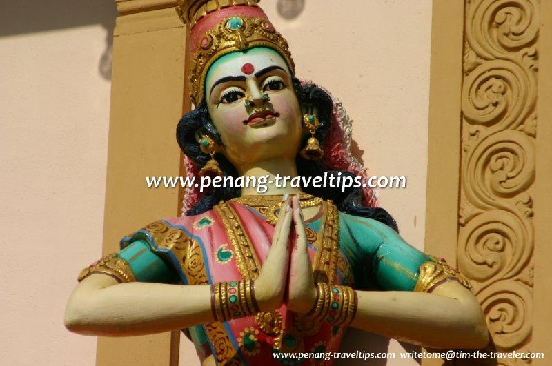 Sculpture of a dancer, Arulmigu Karumariamman Temple