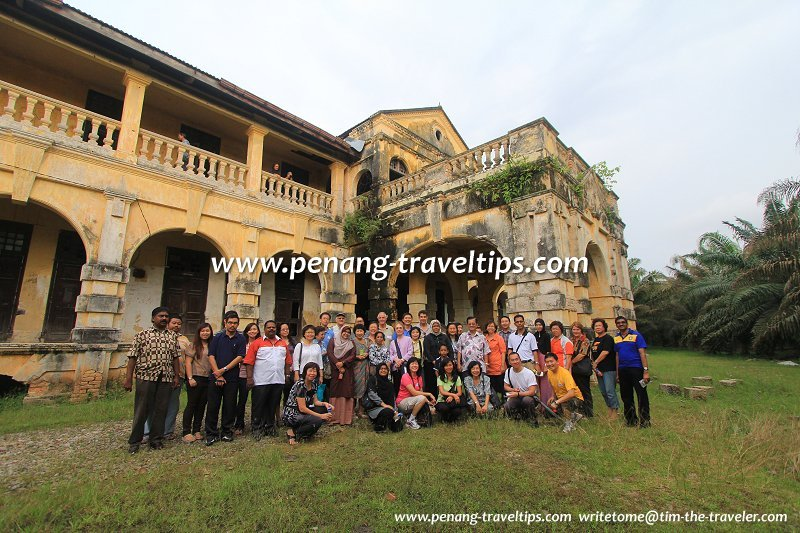 Group photograph with members of Penang Heritage Trust and Puan Maimunah, President of Majlis Perbandaran Seberang Perai