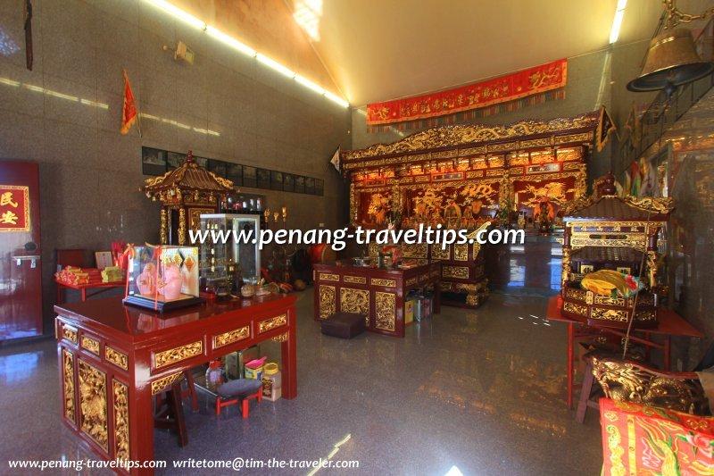 The prayer hall of Hong San Keong