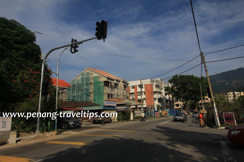 Jalan Padang Tembak