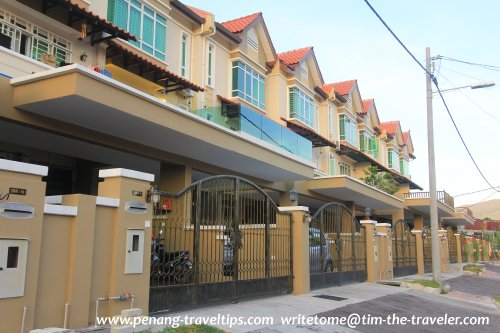 Landed properties in Jelutong
