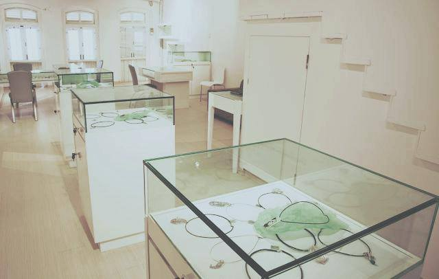 Jonathan Yun Sculptural Jewelry