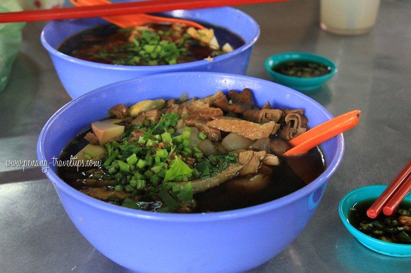 Koay chiap at Air Itam Market